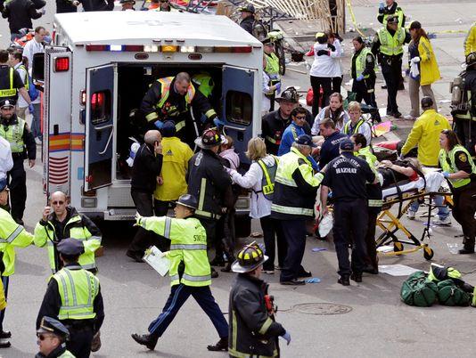 ap-boston-marathon-explosion-4_3_r536_c534