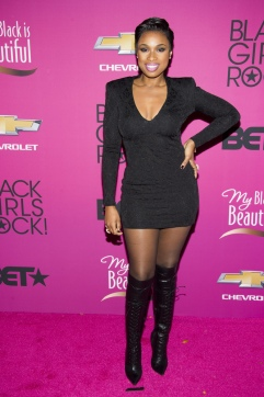 Jennifer_Hudson_Over_the_knee