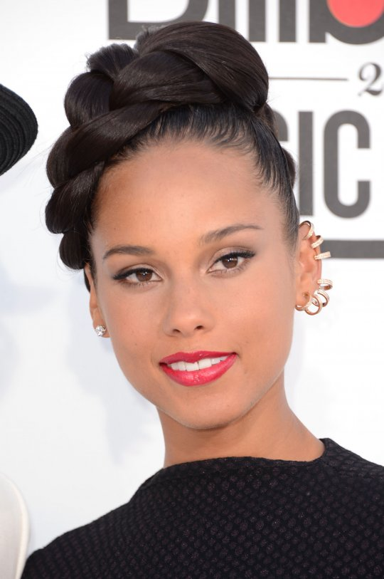 Alicia Keys_Ear Cuff