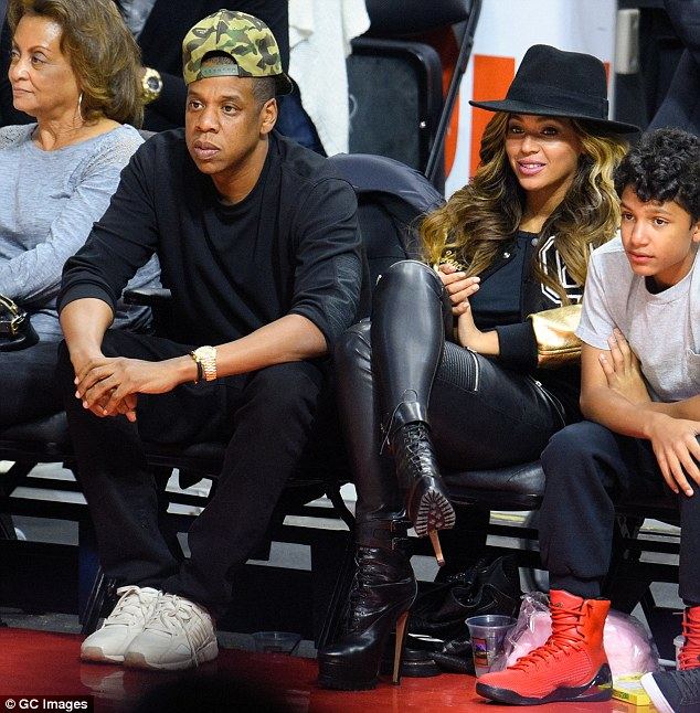 Beyonce_Clippers Game_Header