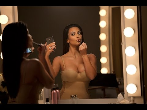 Kim Kardashian T-Mobile 1