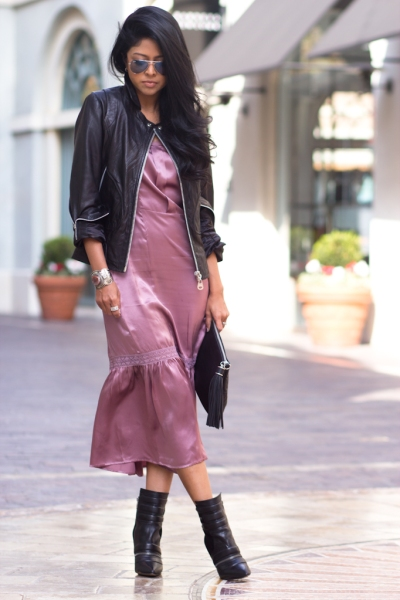 90s-slip-Dress-90s-fashion-Doma-leather-Jacket-Sam-Edelman-Margo-Boots-H&M-black-Clutch-90s-Fashion-Trend-242