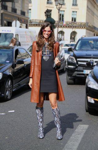 street-style-paris-fashion-week-street-style-christina-pitanguy-leather-coat-knee-high-coats