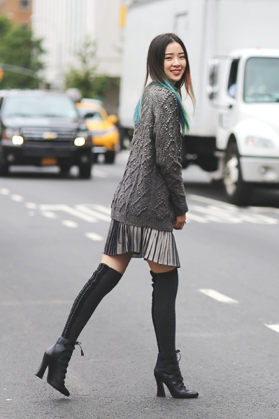 Oversized Sweater Street Style
