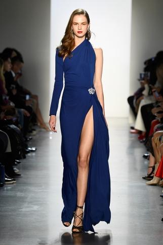 Tadashi Shoji - Runway - February 2018 - New York Fashion Week: The Shows